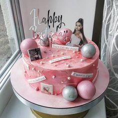 Ariana Grande Birthday, Ariana Grande Cute, Ariana Grande Fotos, Ariana Grande Photoshoot, Ariana Grande Pictures, Pretty Birthday Cakes, Birthday Desserts, Birthday Cake Girls, 13th Birthday