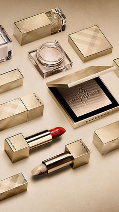 Festive gold 120 Eye Colour Cream – Festive Gold No.120 - Image 3