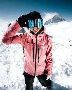 Wallpaper Cross, Blazers For Women, Jackets For Women, Women Pants, Mode Au Ski, Snowboarding Outfit, Snowboarding Jackets, Snowboarding Women, Ski Fashion