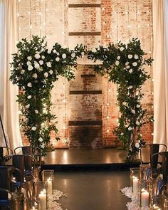 I love contradictions i.e. The brick wall with the lush ceremony arch It's killer, right? / @alisonconklin @cord3films @broadwaypartyrentals @rentpatina @suitepaperie @mimosafloral @ralphlauren @eveofmilady @twobirdsbridesmaid @keriberman @modernkicksny @naturallydeliciousnyc @greenbuildingnyc