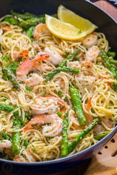 Shrimp Scampi Pasta with Asparagus has a lemon garlic and herb sauce that packs so much fresh and amazing flavor. A 30 minute shrimp scampi pasta recipe! Shrimp Scampi Pasta with Asparagus (VIDEO) Shrimp Scampi Pasta, Shrimp Pasta Recipes, Shrimp Dishes, Seafood Recipes, Healthy Shrimp Scampi, Pasta With Shrimp, Angel Hair Pasta Recipes, Shrimp And Mussels Pasta Recipe, Sheimp Pasta
