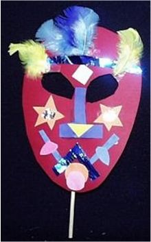 Best Crafts for Kids: Amazing African Masks! African Theme, African Masks, Preschool Crafts, Fun Crafts, Craft Stick Crafts, Paper Craft, Projects For Kids, Art Projects, Handas Surprise