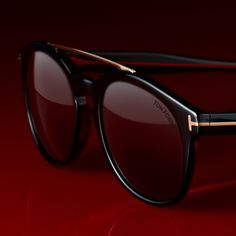 efa8e5b431b2 Newman sunglasses with polarized lenses. Tom Ford Online Store