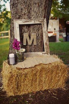 Wonderful idea for an outside wedding