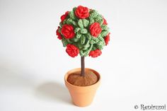 **Ebook für ein gehäkeltes Rosenbäumchen im Topf**  Mit dieser 15-seitigen bebilderten Schritt für Schritt-Anleitung kannst du schnell und einfach diese hübsche, blühende Topfpflanze...