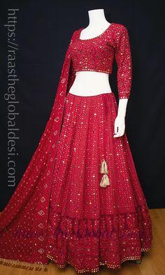 Party Wear Lehenga, Bridal Lehenga Choli, Party Wear Dresses, Red Lehenga, Pakistani Lehenga, Bridal Lehenga Online, Ghagra Choli, Green Saree, Silk Dupatta