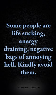 We've all experienced bad friends, but at what point is it time to cut the cord? Toxic friendships are more emotionally draining than they are comforting. Here are the types of negative people to cut from your life. Life Quotes Love, Cute Quotes, Great Quotes, Quotes To Live By, Funny Quotes, Inspirational Quotes, Quirky Quotes, Top Quotes, Awesome Quotes