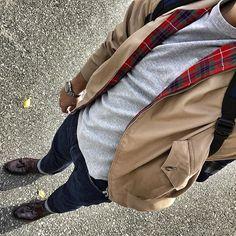 Ivy League Style, Preppy Mens Fashion, Harrington Jacket, Brown Loafers, Head & Shoulders, Fashion Guide, Modern Man, Vintage Men, Style Guides