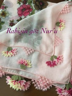 Lovely, just lovely Hand Embroidery Designs, Embroidery Stitches, Crochet Shawls And Wraps, Lace Making, Pedi, Scarf Styles, Elsa, Diy And Crafts, Crochet Patterns