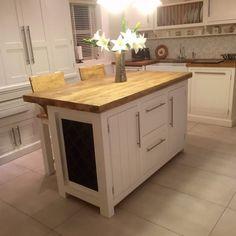Freestanding Kitchen Island Breakfast Bar