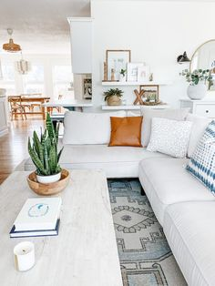 Home Decor Styles all white living room design // white sectional sofa // floating shelf gallery wall.Home Decor Styles all white living room design // white sectional sofa // floating shelf gallery wall Boho Living Room, Cozy Living Rooms, Home And Living, Living Room Decor With White Couch, White Home Decor, Living Room Inspiration, Home Decor Inspiration, Home Decor Styles, Cheap Home Decor