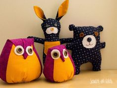 Make these 3 free stuffed animal patterns in an afternoon. All you need is some fabric scraps buttons felt and a sewing machine. Sewing Stuffed Animals, Stuffed Animal Patterns, Felt Stuffed Animals, Fabric Animals, Felt Animals, Sewing Projects For Kids, Crochet Projects, Craft Projects, Sewing Toys