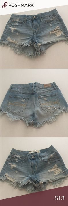 Abercrombie & Fitch Distressed High Waisted Shorts Abercrombie & Fitch Distressed High Waisted Denim Shorts Abercrombie & Fitch Shorts Jean Shorts