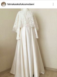 New Dress Brokat White Ideas Source by dsweetdreamer brokat Source by jazminecoconnorjazmine brokat Muslim Wedding Gown, Muslimah Wedding Dress, Muslim Wedding Dresses, Wedding Hijab, Bridal Dresses, Wedding Gowns, Kebaya Muslim, Muslim Dress, Dress Brokat Muslim