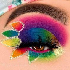 Eye Makeup Art, Skin Makeup, Makeup Inspo, Makeup Lipstick, Makeup Inspiration, Makeup Tips, Bright Makeup, Colorful Makeup, Makeup Artist Tattoo