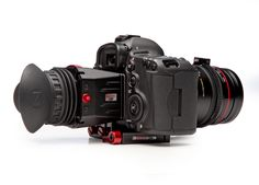 Zacuto Z Viewfinder:  http://store.zacuto.com/Z-Finder-Pro-3x-for-3.2-Screens.html