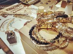 Acessórios para mulheres apaixonadas por moda!! Na loja virtual!! #gracealmeidabijoiass#acessoriees #bracelets #bijuteriasemcuritiba #blogger #blogdemoda #curitiba #chic #batelsoho #batel #designer #design #estilo #fashionismo #fashionstyle #fashion #glamour #hippiechic #habdmade #healthylifestyle #instastyle #inspiracoes #instafashion #jewelry #lifestyle #lookdodia #streetstyle #style #moda #inverno2015