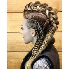 Looks que molan # viking Braids lagertha Blue 01 Stylist ( # viking Braids lagertha # viking Braids lagertha Braided Hairstyles, Cool Hairstyles, Pirate Hairstyles, Viking Hairstyles, Updo Hairstyle, Braided Updo, Wedding Hairstyles, Mohawk Braid, Fishtail Braids