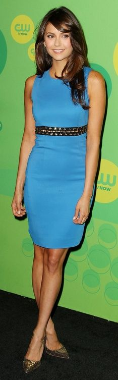 Who made Nina Dobrev's blue dress and pumps that she wore in New York on May 16, 2013?  Dress – Versace  Shoes – Rupert Sanderson