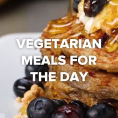 Vegetarian Meals For The Day: banana blueberry pancakes, vegetable minestrone, began chocolate chip cookies, sweet potato gnocchi. Just don't add eggs to the pancakes! Who adds eggs to the vegetarian meals! Baking soda will be enough Tasty Videos, Food Videos, Veggie Recipes, Cooking Recipes, Soup Recipes, Lunch Recipes, Vegetarian Recipes Videos, Potato Recipes, Dinner Recipes