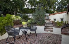2320 Bowmont Drive | Beverly Hills Post Office