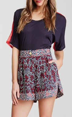 Pleated Printed Short