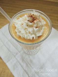 Pumpkin Pie Cookie Butter Smoothie- creamy, low fat smoothie- who says you can only have pumpkin in the fall? ;) recipe on thefrugalfoodiemama.com