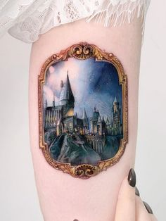 🤩 Artist: Edit Paints 🌐 Location: Israel Want a tattoo but can't find a great artist or studio? Come to The World's Largest Tattoo Directory: ✅ We'll help you find great tattoo artists & studios FAST! Tiny Harry Potter Tattoos, Harry Tattoos, Time Tattoos, Sleeve Tattoos, Body Tattoos, Tatoos, Hogwarts Tattoo, Hp Tattoo, Tattoo Motive