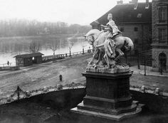 Bratislava, Old City, Old Photos, Most Beautiful Pictures, Statue Of Liberty, Php, Mario, Nostalgia, Places