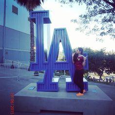 THINK BLUE: #dodgers#losangeles#girls#photograph#tbt#ciol#dive#cute#pretty#baseboll#love#latingirl by stephanievap