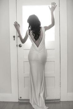 The long white dress! #midnightlabel available online Midnightlabel.com long silky and utterly gorgeous dress!! Free delivery in New Zealand and worldwide shipping! $120 Human Art, Gorgeous Dress, Free Delivery, White Dress, Formal Dresses, Fashion, Dresses For Formal, Moda, La Mode