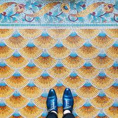 This Photographer is Capturing the Most Beautiful Flooring in Paris - Creators Floor Patterns, Tile Patterns, Textures Patterns, Geometric Patterns, Floor Design, Tile Design, Pattern Design, Mosaic Art, Mosaic Tiles