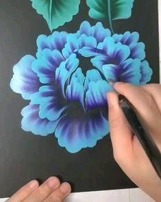 Painting Flowers Tutorial, Canvas Painting Tutorials, Face Painting Flowers, One Stroke Painting, Fabric Painting, Small Canvas Art, Diy Canvas Art, Flower Art, Watercolor Art