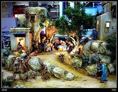 [F] Pesebres en el Mundo Minion, Painting, Nativity Sets, Nativity Scenes, Get Well Soon, Houses, Painting Art, Minions, Paintings