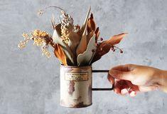 「空き缶」は不要品リメイクの定番アイテム。空き缶にひと手間加えて、ワンランク上のリメイク缶づくりに挑戦してみま… Diffuser