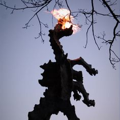 Wawel Dragon of Polish folklore We Asked People To React To Polish Things And They Nailed It