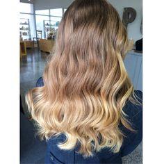Color melt \\ ombre. {by Christina Robbins : 678.764.7401 #salonpureaveda #ombre #prettyhair #hair #love