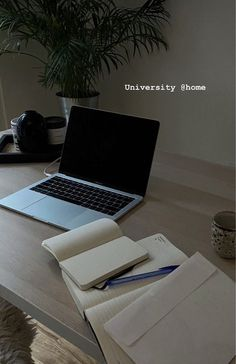 College Aesthetic, Study Board, Study Organization, University Life, Study Space, Studyblr, Instagram Story Ideas, Study Notes, Student Life