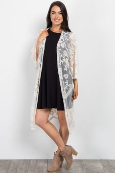 This style was created to be worn before, during, and after pregnancy. White Kimono Outfit, Lace Cardigan Outfit, White Lace Kimono, Summer Dress Outfits, Autumn Fashion, Fashion Outfits, Kimono Fashion, Boho, Clothes