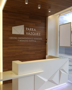 View full picture gallery of Parra Vázquez Clínica Dental Dental Reception, Office Reception Design, Office Table Design, Reception Counter, Dental Office Design, Office Furniture Design, Office Interior Design, Lobby Design, Clinic Design