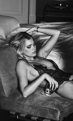bed erotic girls Wallpaper blogspot lesbian