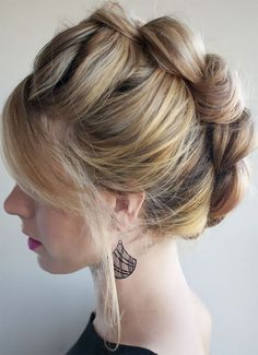 There are many of brilliant hairdos for teenage girls. The hairstyle is simply ideal for high school young girls.
