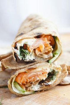 na ok 150 stopni, sprawdzając co kilka minut jak wygląda sytuacja. Salty Foods, Tortilla, Wrap Sandwiches, Food Photo, Food Inspiration, Food And Drink, Healthy Eating, Favorite Recipes, Healthy Recipes