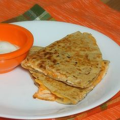 Buffalo Chicken Quesadilla with Ranch Dipping Sauce (6 WW Points Plus)