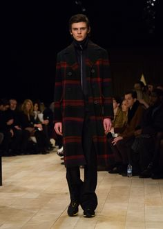 The Check Topcoat in wool with The Sneakers and tracksuit jacket