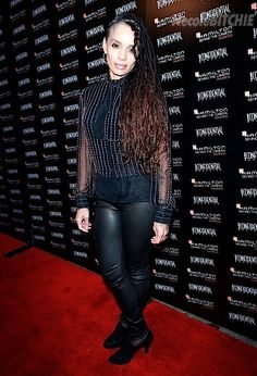 Lisa Bonet is still hot and has great style. Check out her side shaved head and locks. Too cute Denise!