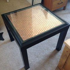 Après la gamme des étagères KALLAX (#1 Ikea Hack), je vais vous montrer comment la célèbre table LACK de chez Ikea peut permettre d'innombrables possibilités ! Elle reste raisonnable en terme…
