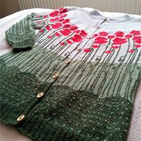 Knitted jumper with round yoke, multi-coloured Norwegian pattern and A-shape. Baby Knitting Patterns, Crochet Dinosaur Patterns, Diy Crochet Patterns, Free Crochet, Knit Crochet, Drops Design, Knitting Socks, Free Knitting, Bunny Drop