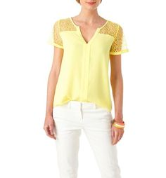 Discover women's blouses from the french fashion online shop Promod in many colours and shapes! Experience the French Chic and get set to stun! Lace Tee, French Chic, French Fashion, Blouses For Women, Crochet Top, Tunic, Mens Tops, Lemon, Shirts