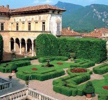 Italian Villas: Villa Cicogna Mozzoni, Lombardia, Italy